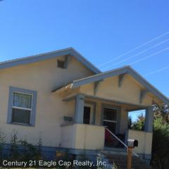 1902 Washington Ave, La Grande, OR