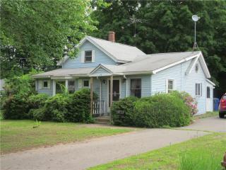 21 Maple Avenue, Broad Brook CT