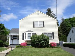23 Magnolia Avenue, West Haven CT