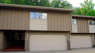 156 Kingswood Dr, Red Wing, MN