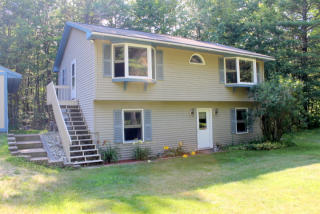 49 Phillips Way, Poland, ME
