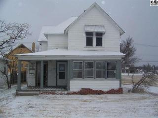 216 E 3rd Ave, Hutchinson, KS