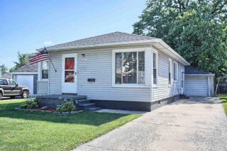 28024 Larchmont St, Saint Clair Shores, MI