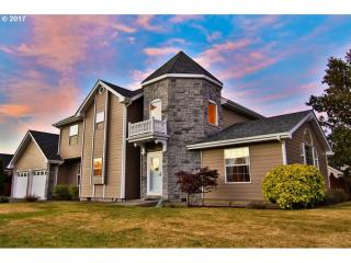 2509 Ash Street, North Bend OR