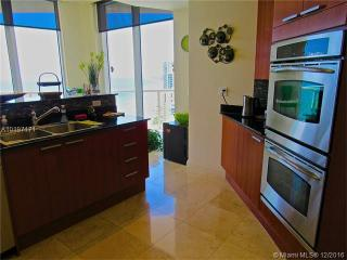 16699 Collins Ave, Sunny Isles Beach, FL