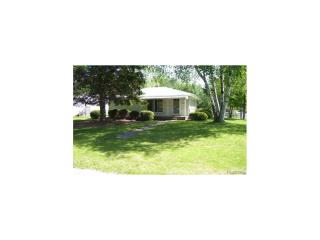 2955 Grouse St, Wixom, MI