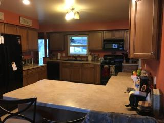 W233N6103 Lilac Dr, Sussex, WI