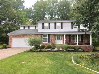 3642 Ridge Park Dr, Broadview Heights, OH