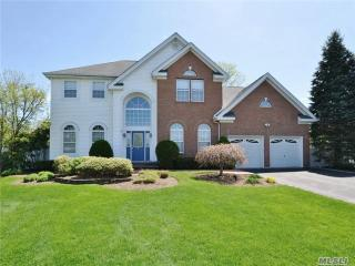 5 Truesdale Ct, Huntington, NY