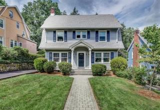 61 Overlook Rd, Montclair, NJ