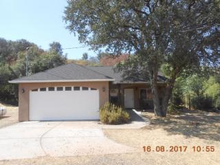39313 Squaw Valley Rd, Squaw Valley, CA