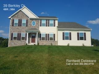 39 Berkley Dr, Newark, DE