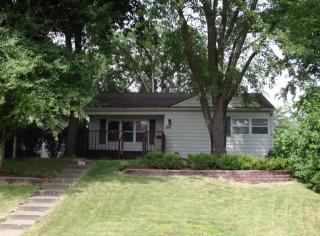 1352 W 37th St, Davenport, IA