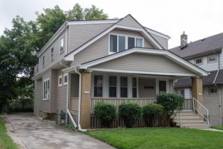 1707 East Newton Avenue, Shorewood WI