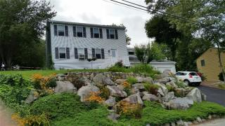 9 Browne Hill Ct, Lincoln, RI
