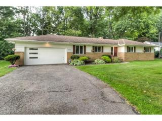 173 Timberlane Dr, Northfield, OH
