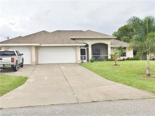 3213 NW 2nd Pl, Cape Coral, FL