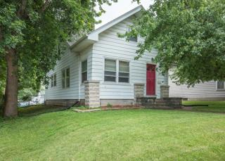 2027 N Division St, Davenport, IA