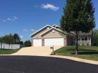 5 Willowbrook Ct, Madison, WI