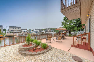 409 Elizabeth Ct, Lanoka Harbor, NJ
