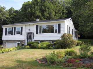 11 Peter Blvd, Lewiston, ME