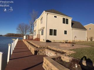 2350 North Buck Road, Marblehead OH
