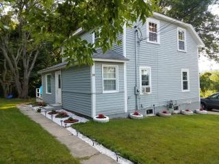 16 Ferry St, North Andover, MA