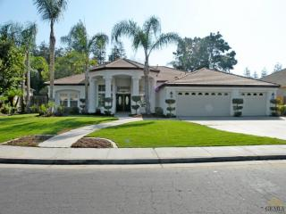 10609 Within Heights Dr, Bakersfield, CA