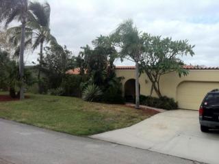 315 Wilma Circle, Riviera Beach FL
