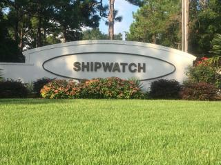8605 Shipwatch Dr, Wilmington, NC