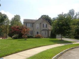 303 Darwin Ct, Mullica Hill, NJ