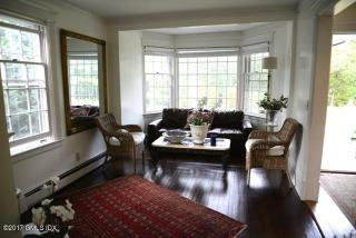 633 Steamboat Rd #1, Greenwich, CT
