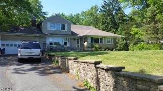 1121 Johnston Dr, Watchung, NJ