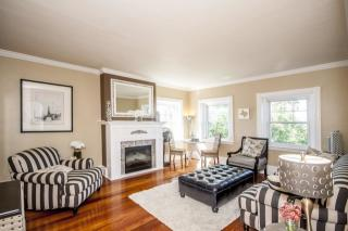 11 Colbourne Cres, Brookline, MA