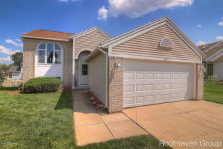 4572 Country Hill Dr SE, Kentwood, MI