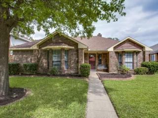 5422 Meadow Vista Ln, Garland, TX