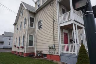 666 Main St #3, East Haven, CT