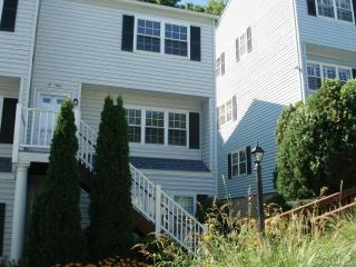 26 Prospect Ave #E4, Norwalk, CT