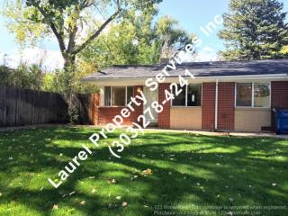 385 S Nelson St, Lakewood, CO