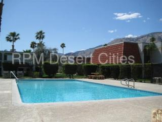 2120 N Indian Canyon Dr, Palm Springs, CA