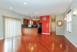 4115 S Drexel Blvd #3R, Chicago, IL