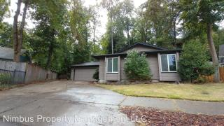650 S 44th St, Springfield, OR