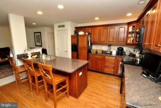 46 Palmer Dr, Moorestown, NJ