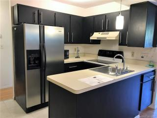 226 Laurel St #3, East Haven, CT
