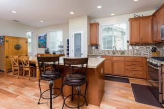 405 Pioneer Ln, Scotts Valley, CA