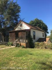 618 Oak St, Leavenworth, KS