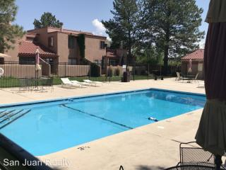 5200 Villa View Dr, Farmington, NM