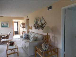 4158 27th Ct SW #106, Naples, FL