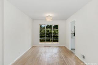 2995 SW Champlain Dr, Portland, OR