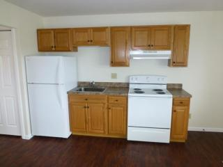 370 S 1150 E #7, Lagrange, IN